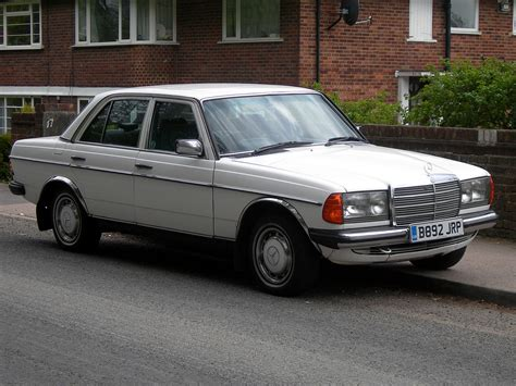 Mercedes-Benz Type 123 — Wikipédia