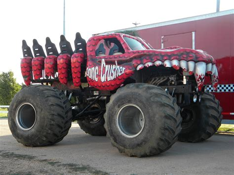 videos de monster trucks wallpapers semana 157 monster truck 2 lista de carros