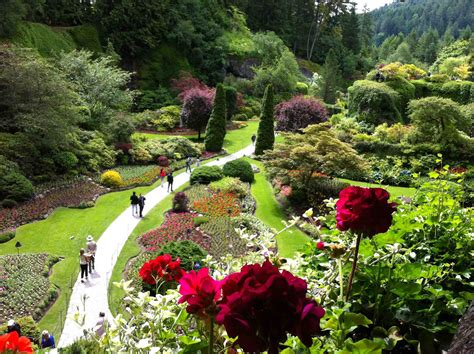 Gardens : Enjoying The Butchart Gardens And High Tea At The Empress