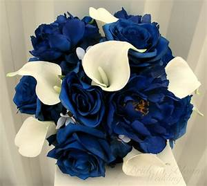 Blue rose calla lily wedding bouquet | Bride in Bloom