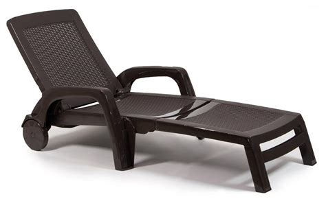 chaise longue plastique sun lounger made of poly rattan with wheels and armrests