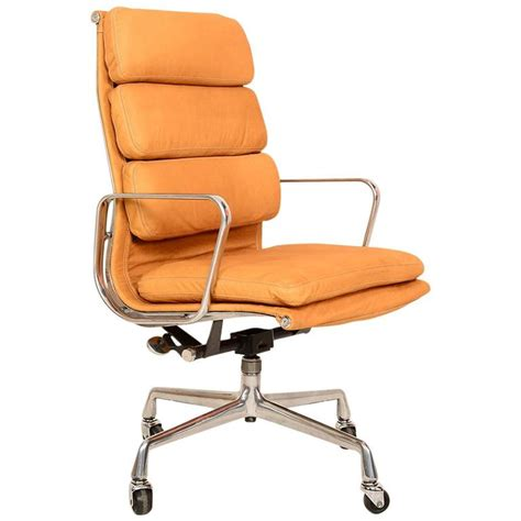 executive soft pad chair by eames for herman miller at 1stdibs