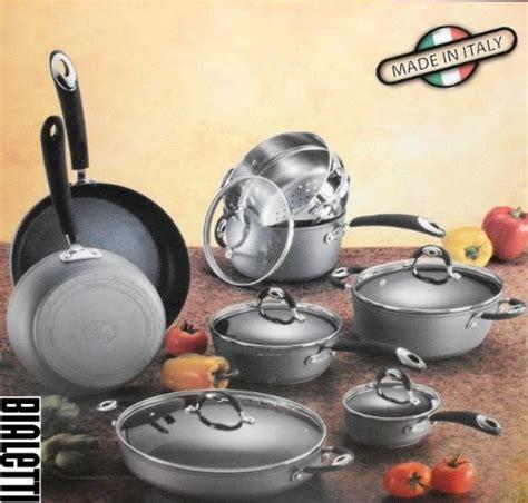 cookware set reviews bialetti  piece aluminum nonstick cookware set