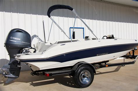 2017 Stingray Boats For Sale by New 2017 Stingray 182sc Deck Boat For Sale