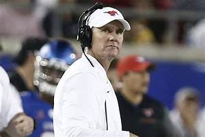 WholeHogSports - UA closing in on deal with Morris ...
