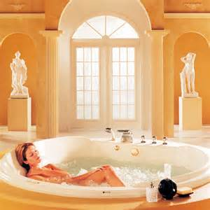 White Pull Out Kitchen Faucet Neptune Cleopatra Tub Whirlpool Air Or Soaking Tubs