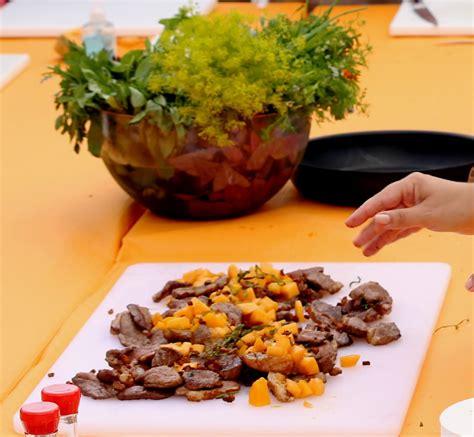 cuisiner magret de canard poele magret de canard aux saveurs asiatiques et melon poêlé