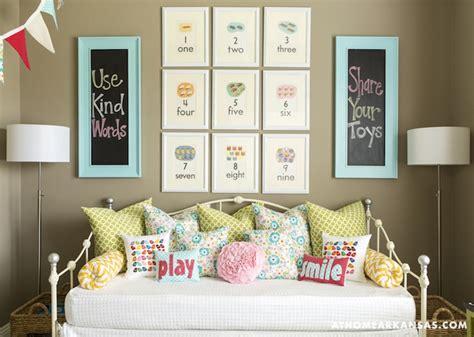 girls room floor l floor ls girls room rumah minimalis