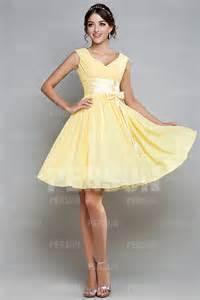 robe cocktail pour mariage robe courte pour mariage décolletée en v en mousseline robespourmariage fr