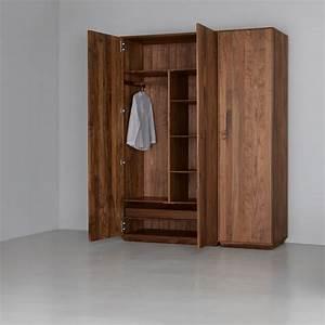 Kleiderschränke Aus Holz : kleiderschrank holz ~ Markanthonyermac.com Haus und Dekorationen