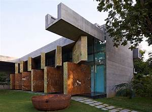Moving Landscapes / Matharoo Associates | ArchDaily