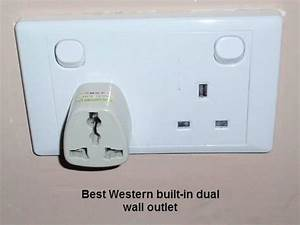 Convenient dual wall socket - 香港華麗海景酒店的圖片 - TripAdvisor