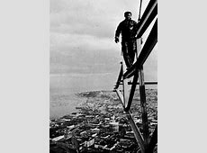 Stunning photos capture workers who built Space Needle
