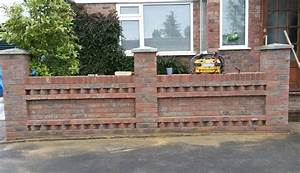 Front garden brick wall designs front garden wall designs for Front garden brick wall designs