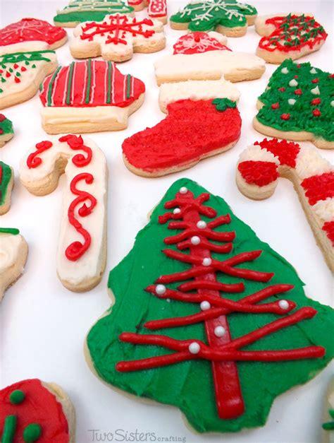 decorating christmas cookies  sisters