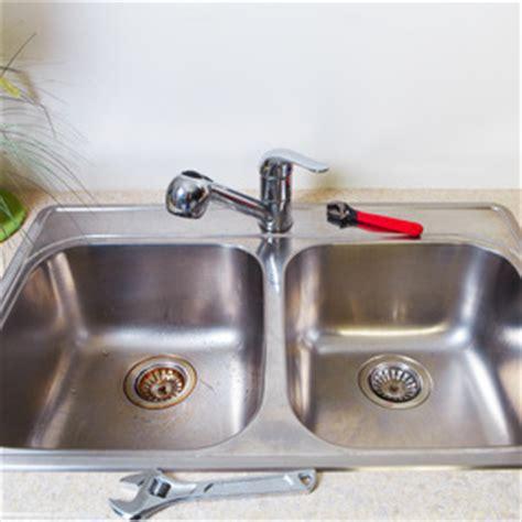 changer un mitigeur cuisine comment poser un évier