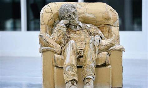 artist turns recyclable cardboard  strikingly lifelike