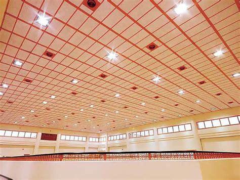 faux plafond acoustique en de bois heradesign 174 by knauf amf italia controsoffitti
