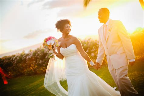 real hawaii destination wedding jocelyn frederick munaluchi