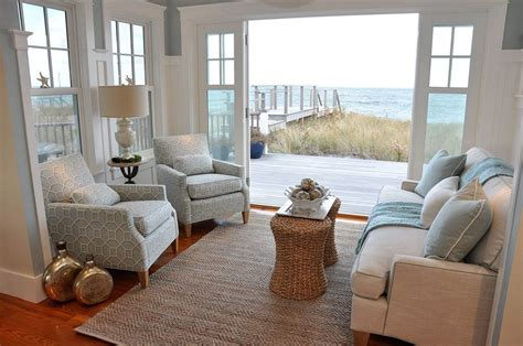 Beach House Interior Design Ideas And Decorations (21) in