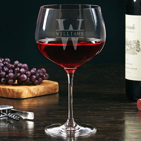 Pick up a red wine glass for to linger over or a tasting glass to make notes. Oakmont Etched Balloon Red Wine Glass