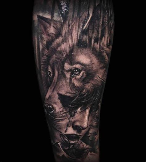Tatouage Loup Avant Bras