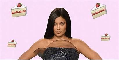 Kylie Jenner Fans Pastel Cosmopolitan