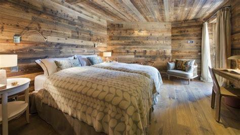 deco chambre bois déco chalet montagne une centaine d 39 idées pour la