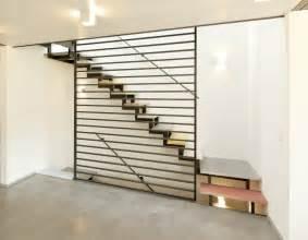 treppen platzsparend moderne treppe tipps ideen auf planungswelten de