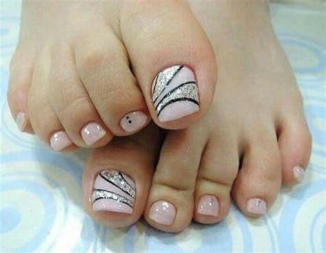 Uñas de los pies pintadas uñas decoradas con flores uñas decoradas elegantes uñas decoradas manos uñas elegantes y sencillas decorados para. Figuras de uñas decoradas para pies con los mejores diseños 60 imágenes | Información imágenes