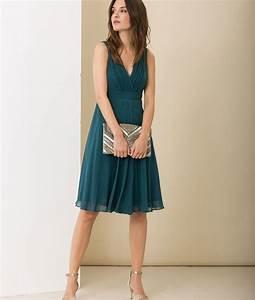 Les 25 meilleures idees de la categorie robe bleu canard for Quelle couleur avec bleu marine 0 quelles couleurs se marient avec le bleu
