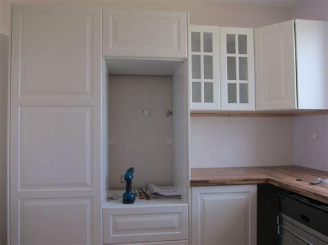 corniche meuble cuisine meuble haut cuisine ikea fixation et arrachage placo