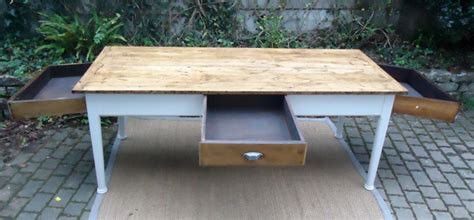 table cuisine tiroir table de cuisine en bois avec tiroir wraste com