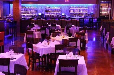 Kitchen 305  American Restaurant  16701 Collins Ave In