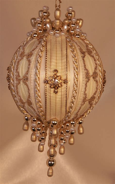 heirloom keepsake ornaments victorian style ornaments