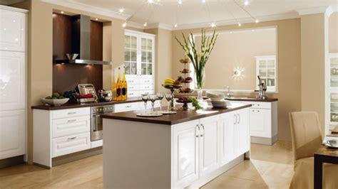 cuisine equipee moderne cuisine equipee aviva maison moderne