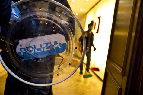 Pd Roma Sede by Blitz Contro La Sede Pd