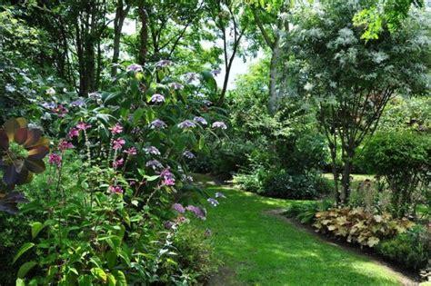 le jardin a l anglaise cr 233 er et am 233 nager un jardin 224 l anglaise clem around the