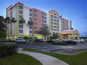 Hotel Springhill- Miami Airport, FL - Booking.com