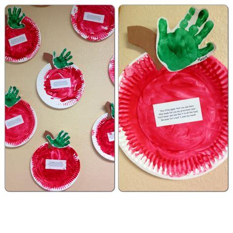 paper plate apples fingerpainted  handprint leafs