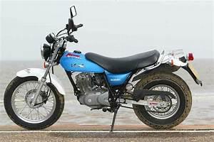 Suzuki Vanvan 125 : suzuki rv125 vanvan ~ Medecine-chirurgie-esthetiques.com Avis de Voitures
