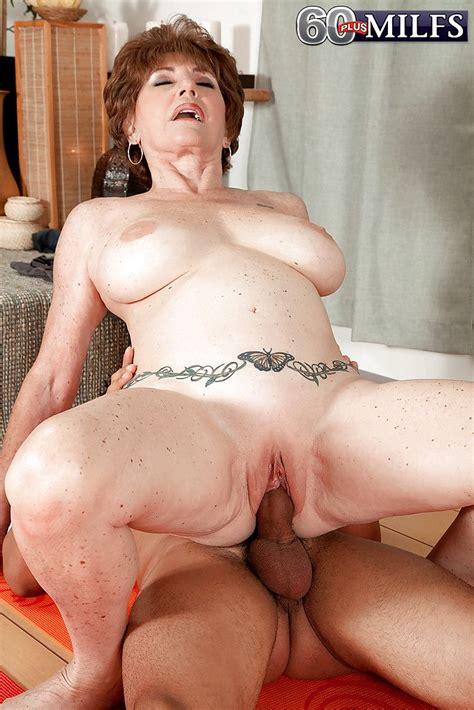 Big Boobed Granny Bea Cummins Riding Cock Cowgirl Style