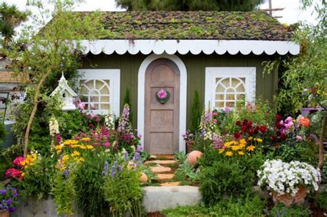 Ideas For An Enticing Cottage Garden Design 2016 Living