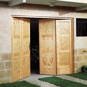 lapeyre porte de garage pliante en bois sapin photo 5 With porte garage bois 4 vantaux