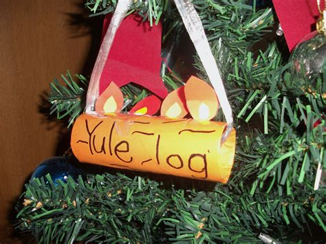 easy yule log ornament craft for kids preschool education for kids