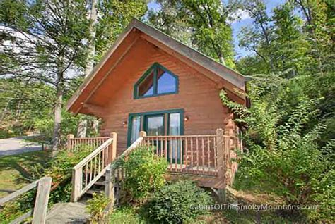 smoky mountain cabins for rent gatlinburg cabin honeymooner s 1 bedroom sleeps 2
