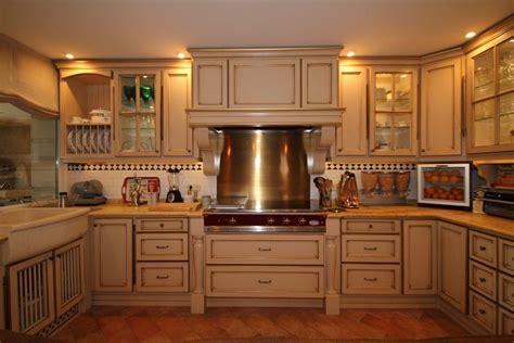 cocinas de madera roble lacado  patina aplicada  la
