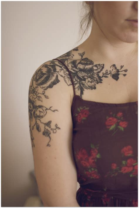 Flower Pattern Shoulder Tattoo