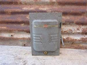 Old Metal Industrial Panel Fuse Box West Trumbull Gray Art Deco Metal Box Rusted And Old Great