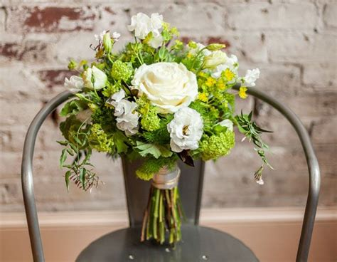 Palette Fresh Snappy Green by 68 Best Green Bouquets Images On